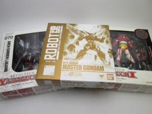 バンダイ ROBOT魂 マスターガンダム明鏡止水Ver.などのフィギュアを買取させて頂きました。