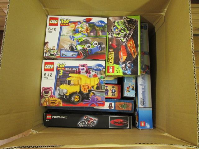 レゴディズニーやテクニックシリーズなどのレゴを買取させて頂きました。