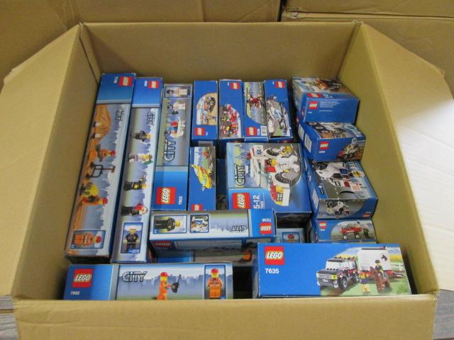 神奈川県よりレゴシティシリーズを多数買取させて頂きました。