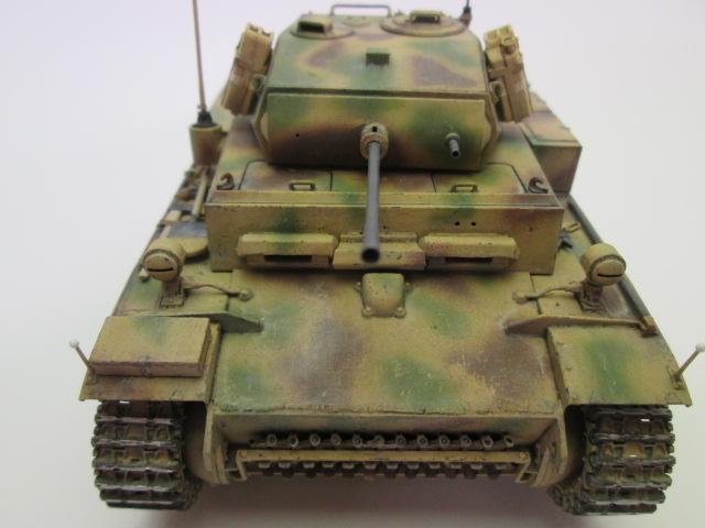 ドイツⅡ号戦車L型ルクス塗装済み 正面