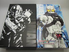 千値練ULTRAMAN、メディコムトイ仮面ライダーエターナルのフィギュアを買取させて頂きました。