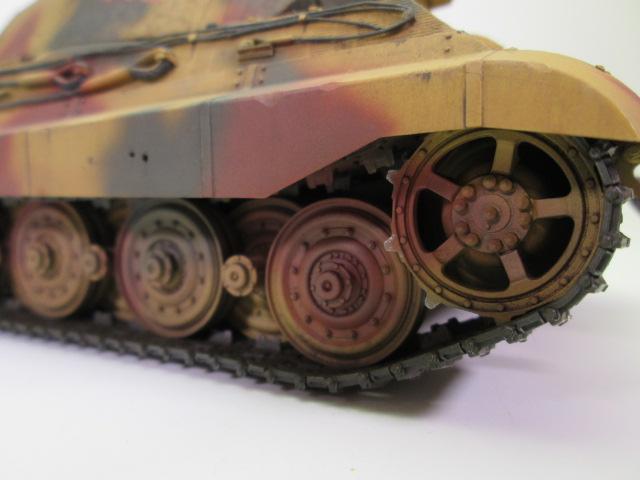 Ⅵ号戦車Ⅱ型 キングタイガー転輪部分のアップ