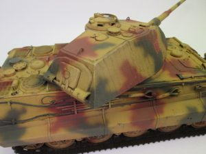 Ⅵ号戦車Ⅱ型 キングタイガープラモデル完成品を買取させて頂きました。