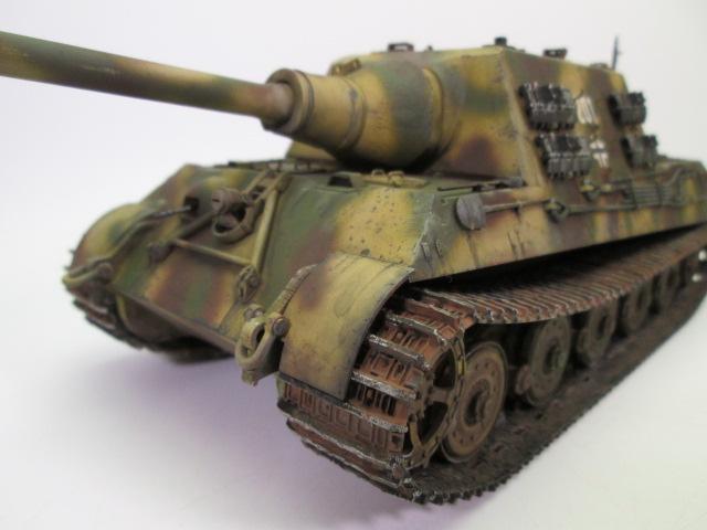 駆逐戦車ヤークトティーガー プラモデル完成品 正面