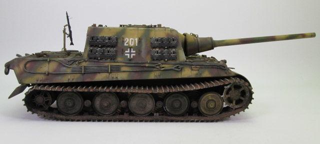 駆逐戦車ヤークトティーガー プラモデル完成品 横