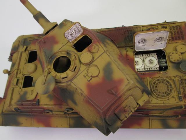 Ⅵ号戦車Ⅱ型 キングタイガー砲塔上部