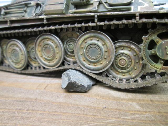 プラモデル完成品買取紹介:戦車サスペンション トーションバー