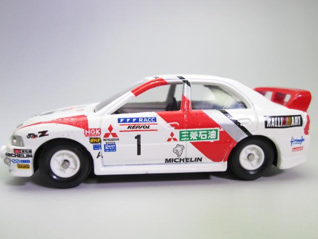 エクセレントトミカ '97WRC T.マキネン車のサイド