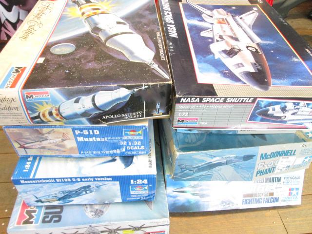 MONOGRAM 1/144 サターンⅤなどロケットや飛行機プラモデルを買取させて頂きました。