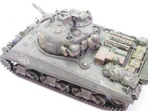 タミヤ 1/35 M4 シャーマン塗装済みの戦車プラモデルを買取させて頂きました。