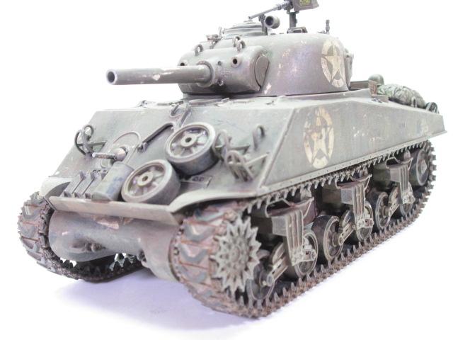 買取紹介:タミヤ 1/35 M4 シャーマン塗装済完成品フロント