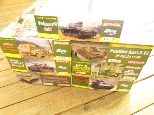 ドラゴン 1/35 パンターD型V2等の戦車プラモデルをお売り頂きました。