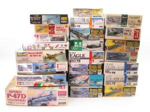 タミヤ、ハセガワのゼロ戦など飛行機プラモデルをお売り頂きました。