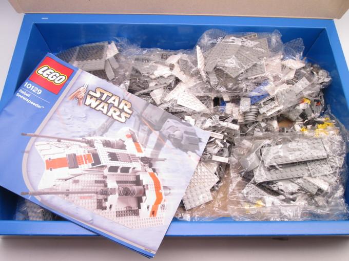 レゴ 10129 レベル スノースピーダー スター・ウォーズ内容
