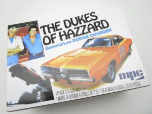 MPC 1/25 THE DUKES OF HAZZARD ダッジチャージャー