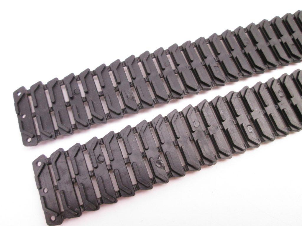 日本ホビー工業 ウォーカーブルドッグのキット内容:履帯