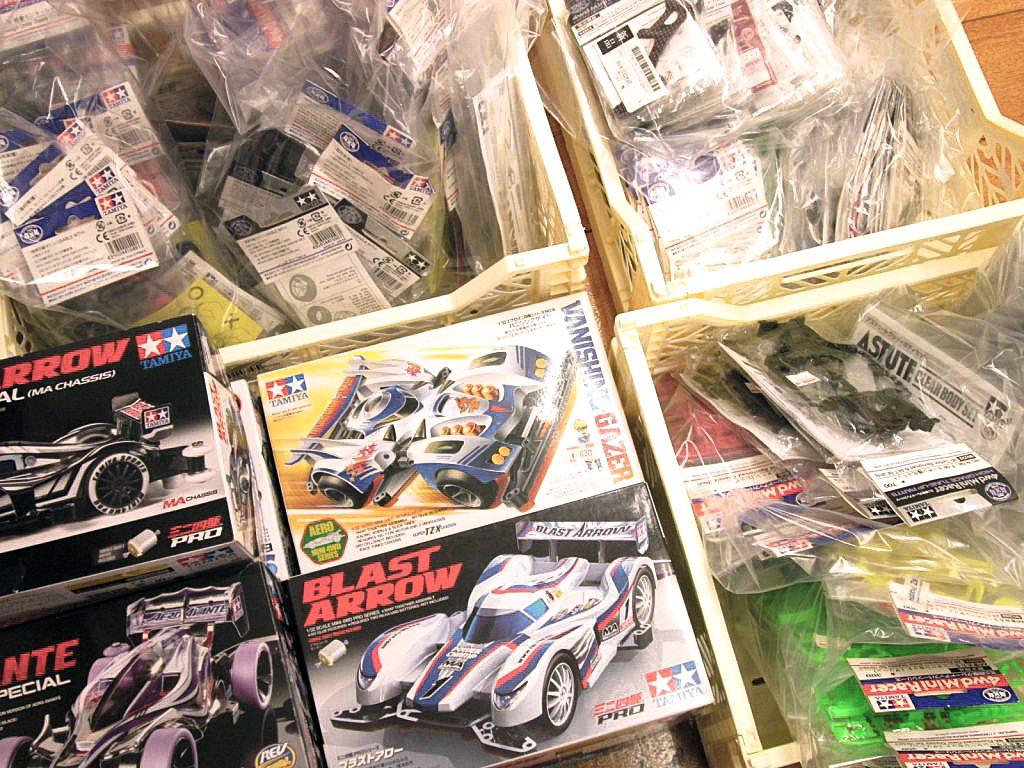 福岡県より買取頂いたミニ四駆やパーツ類多数