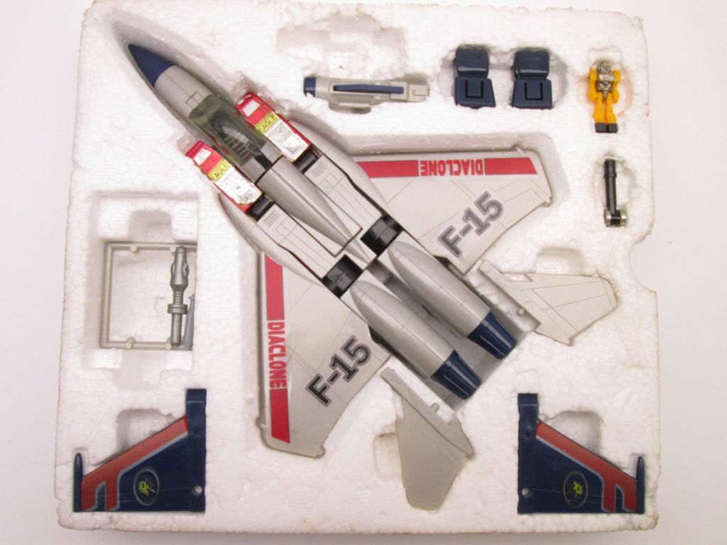 ダイアクロンR ジェット機ロボ F-15 内容