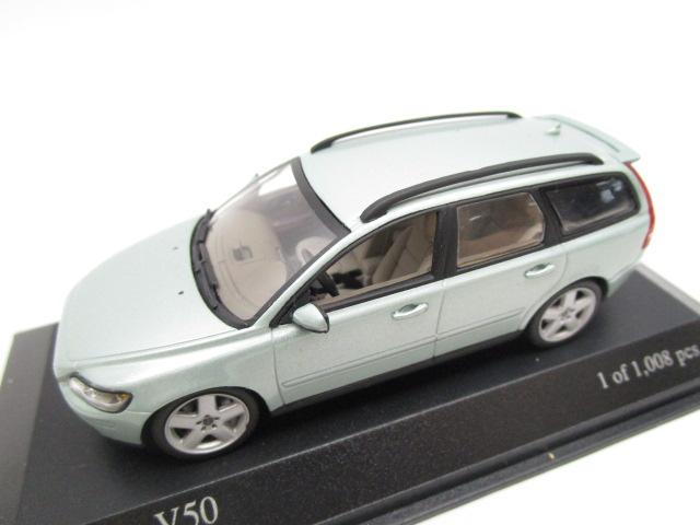 ミニチャンプス 1/43 Volvo V50 2003