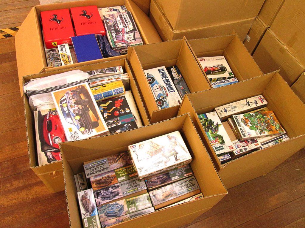 鹿児島県よりF1やラリーカー等、自動車のプラモデルをお売り頂きました!