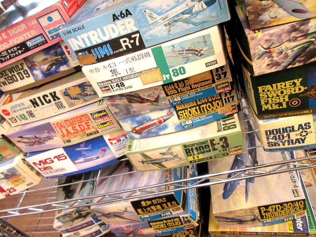東京都よりグンゼやドラゴン等の戦車や飛行機プラモデルをお譲り頂きました。その2