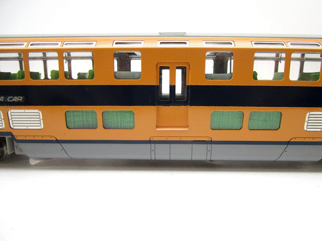 カツミ/KTM HOゲージ 近鉄30000系電車 ビスタカーダブルデッカー車側面