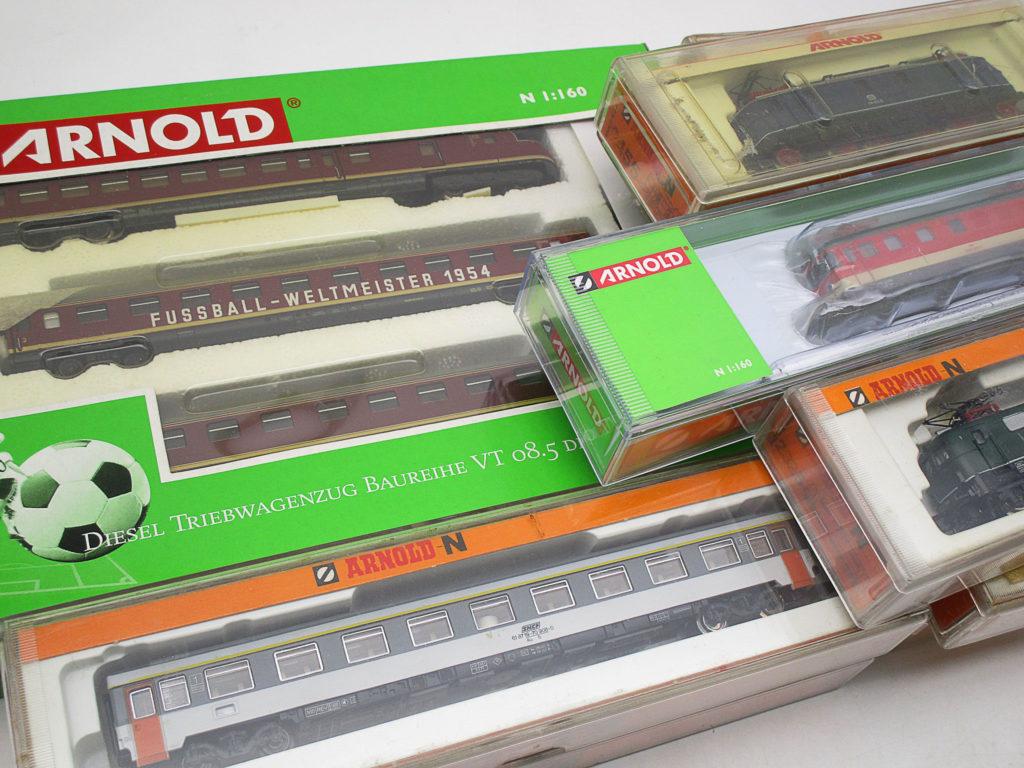 ARNOLD(アーノルト)のNゲージ VT08.5形ディーゼルカー等を買取頂きました!