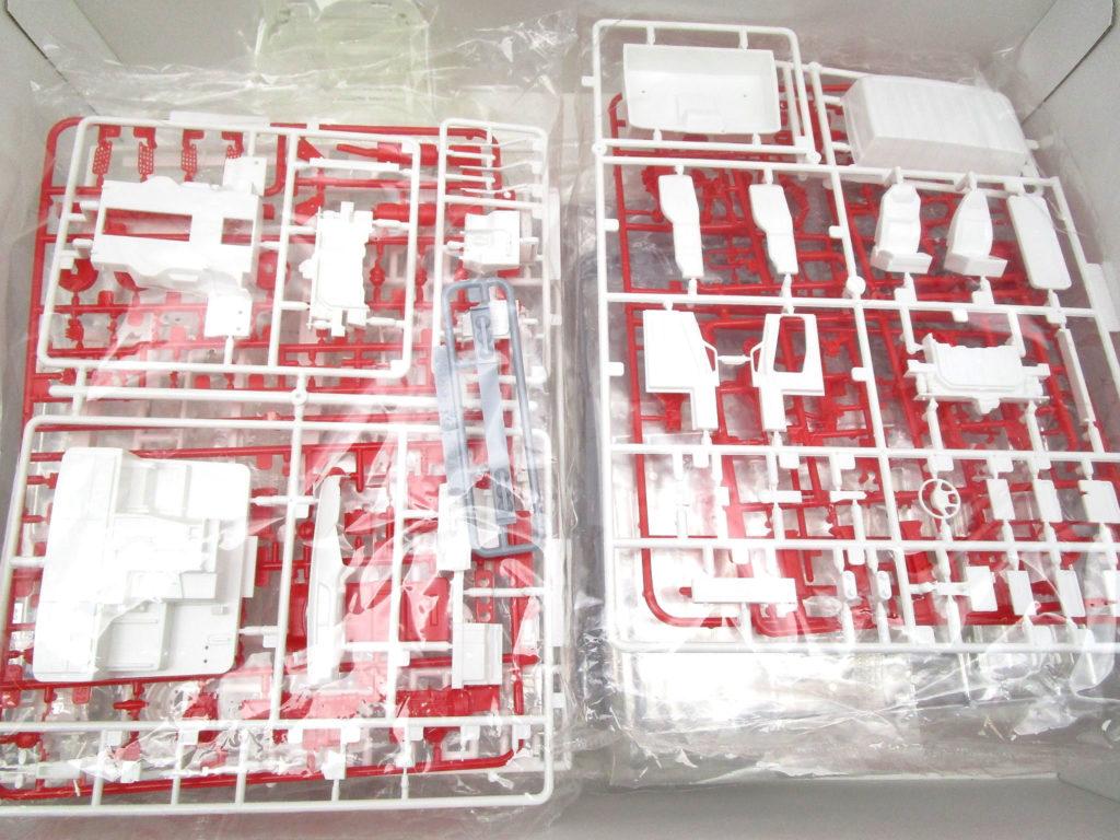 アオシマ 1/32 '07 スーパーグレートハイルーフ保冷車 キット内容