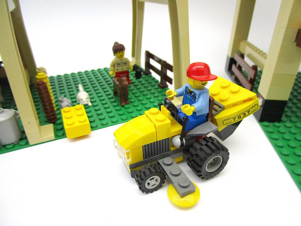 LEGO レゴ シティ 農場 7637 トラクター
