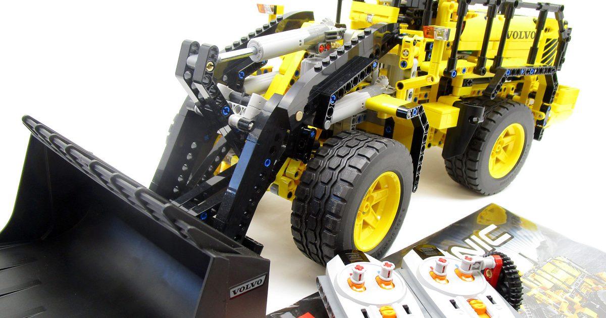 千葉県より、LEGOテクニック 42030 Volvo L350F ホイールローダーの完成品を買取頂きました!