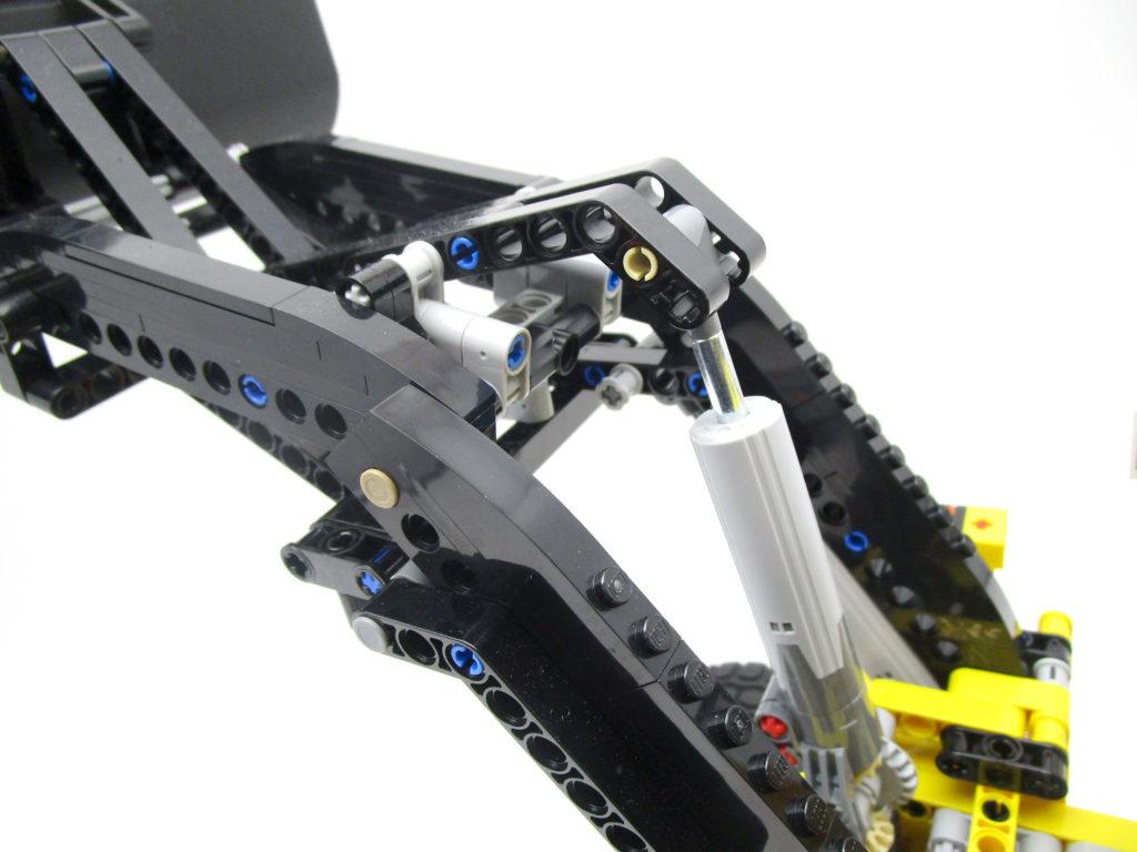 LEGO テクニック 42030 Volvo L350F ホイールローダーのアーム