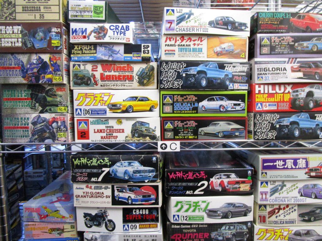 福岡県より、ワークス麗心愚や俺のマシンなど当時の絶版プラモデルをお売り頂きました。