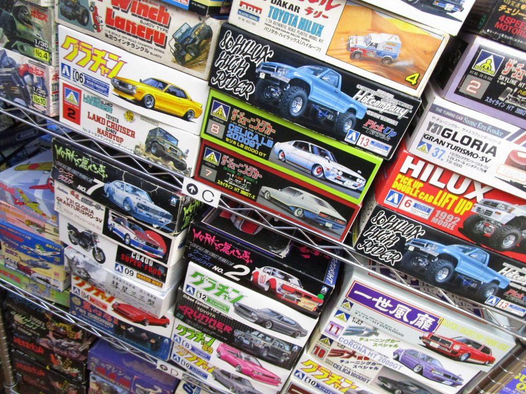車やバイクの絶版プラモデル各種