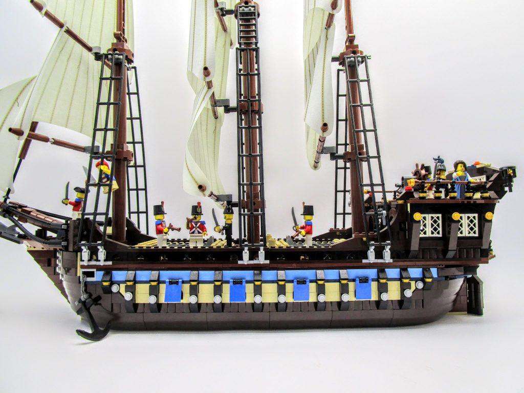 LEGOパイレーツ 10210 インペリアル フラッグシップの側面画像