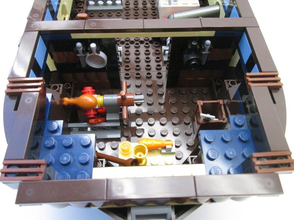 レゴパイレーツ 10210 インペリアル フラッグシップのキッチン