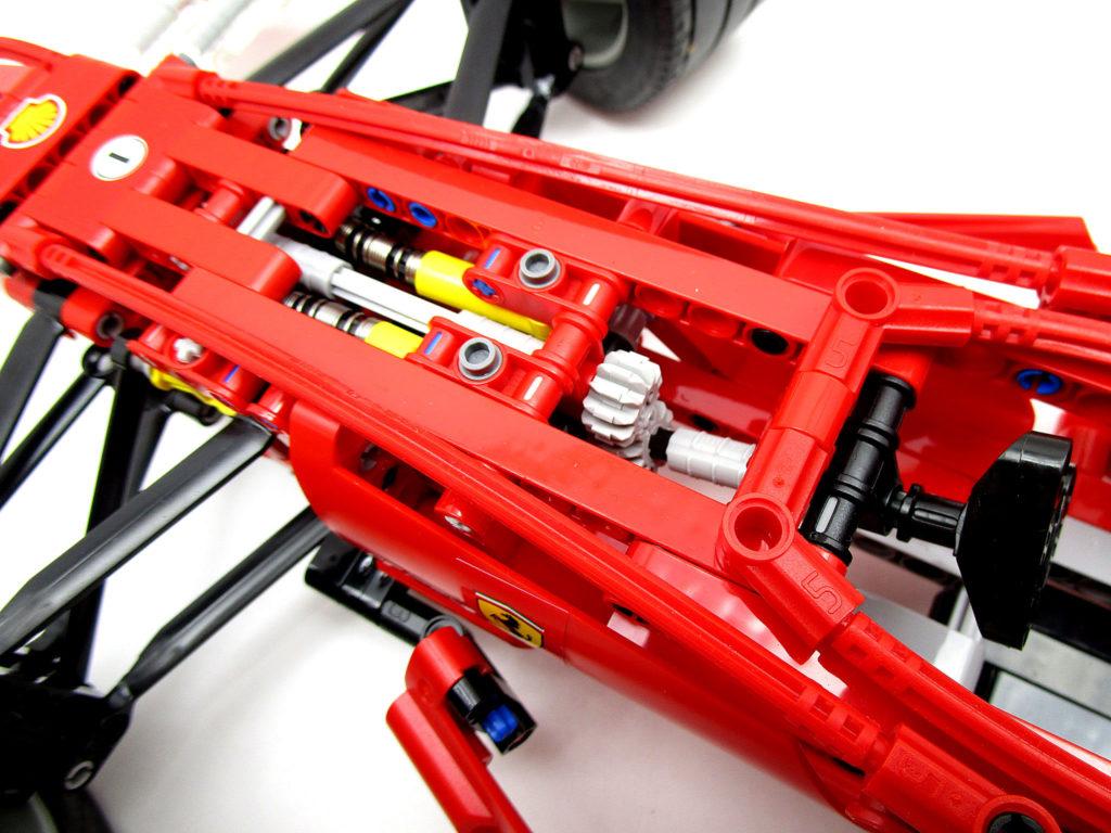 LEGO レーサー 8674 1/8 フェラーリF1 ステアリング連動ギミック