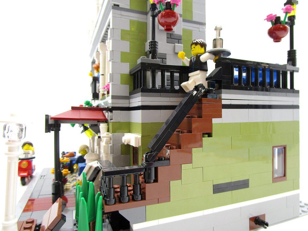 LEGO クリエイター 10243 パリのレストラン レンガ造りの階段