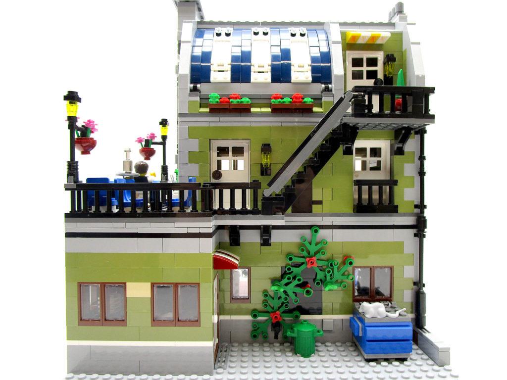 LEGO クリエイター 10243 パリのレストラン 裏側