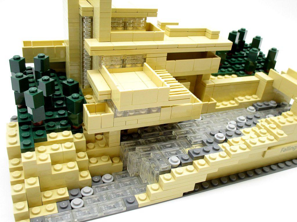 LEGO アーキテクチャー 21005 落水荘 カウフマン邸 俯瞰
