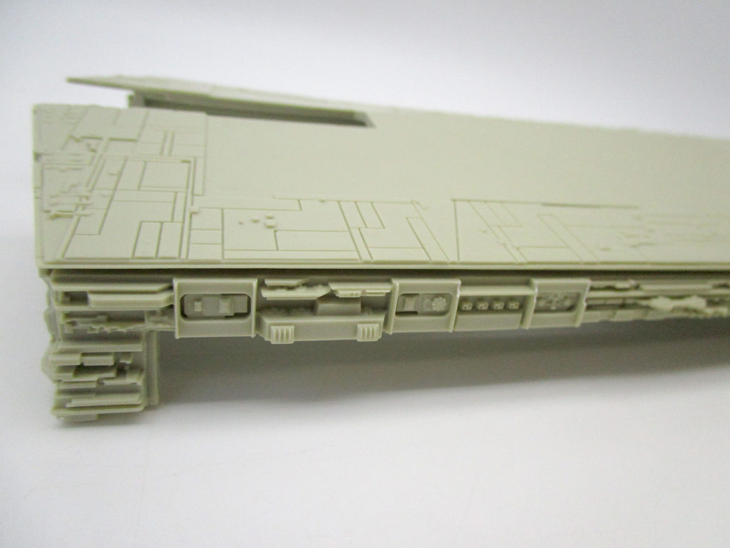 SCI-FIダイナミクス 1/2256 スターデストロイヤー側面アップ