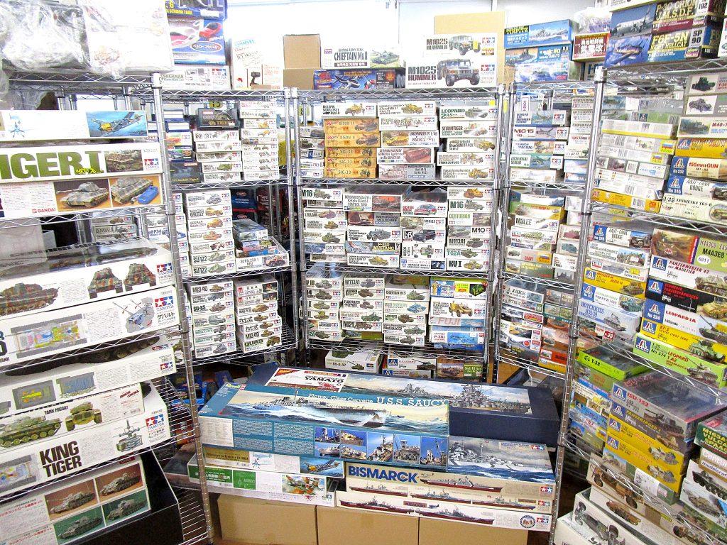 東京都へ、ガレージいっぱいのプラモデルやラジコンの出張買取にお伺いしました!