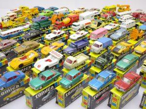 東京都より、香港トミカなど約200点のミニカーを買取頂きました!