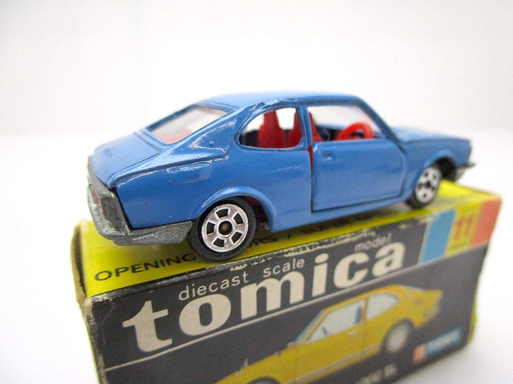 トミカ 11 トヨタ スプリンター 1200SL ホンコン リア