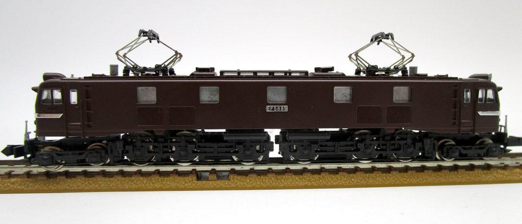 KATO 3006-5 EF58 ヒサシ付 側面