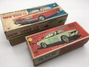 米澤玩具BMW2000CS/ イチコーBMW3200CSクーペ フリクションブリキカー