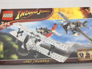 LEGOインディ・ジョーンズ 7198 戦闘機の攻撃