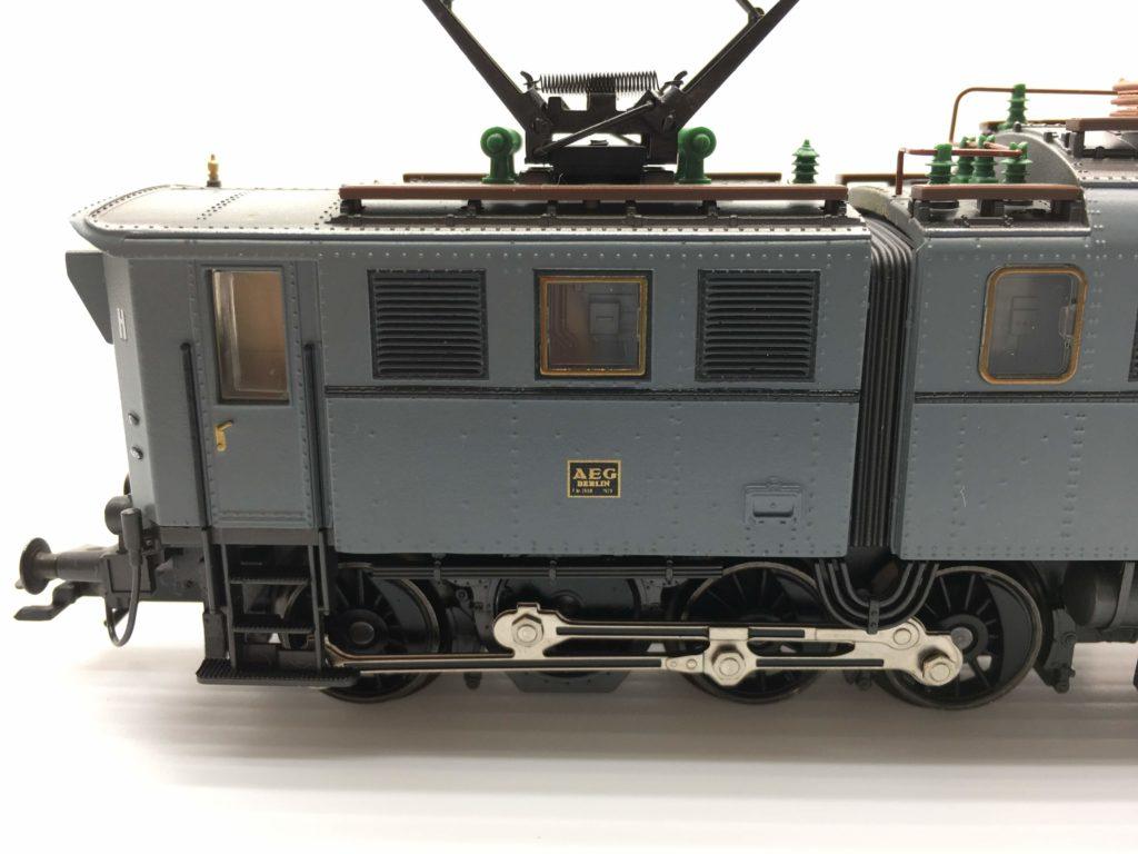 メルクリン ドイツ国鉄 電気機関車 E91形 側面