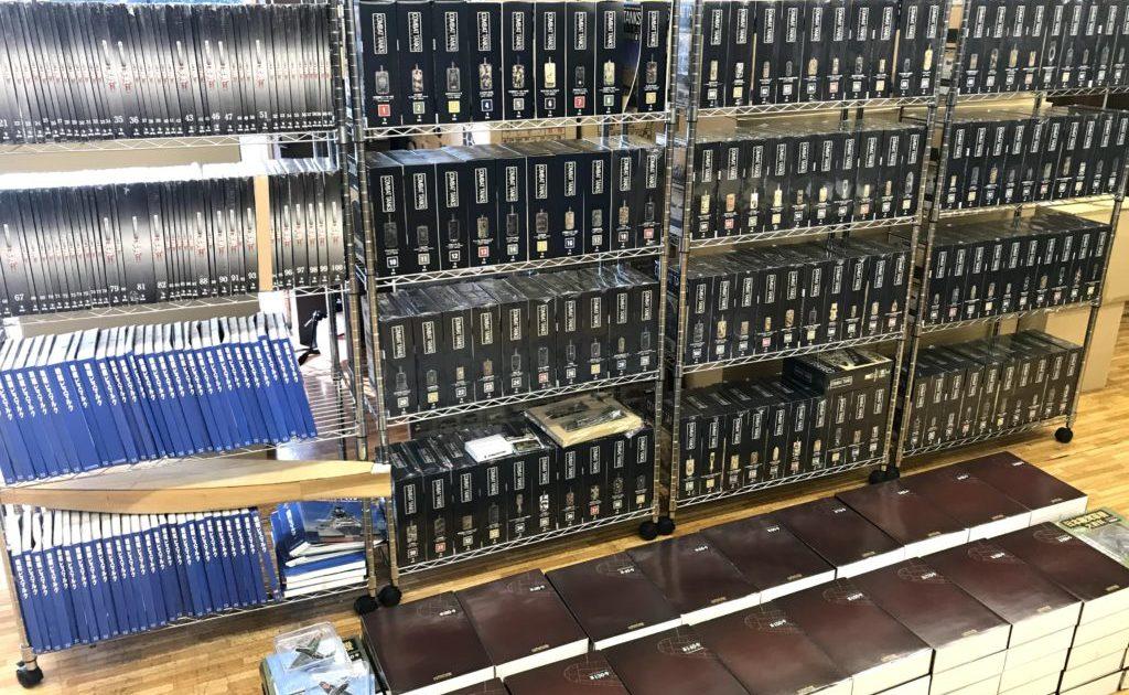 千葉県へ500巻を超えるデアゴスティーニ・アシェットの出張買取に伺いました!