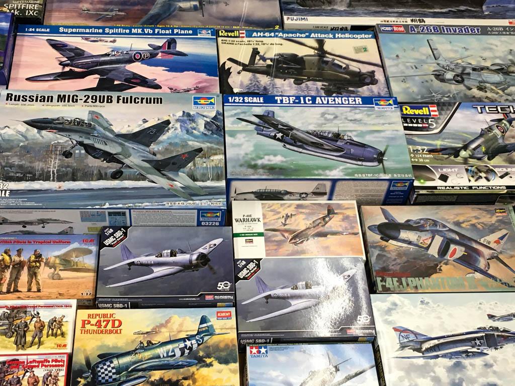 トランペッター 1/32 TBF-1C アヴェンジャー などの飛行機プラモデル